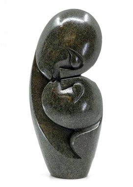 Stenen beeld kissing lover 2 personen, 19 cm hoog, groen