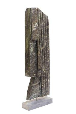 Stenen beeld uniek, Queen, Fanuel Maruza