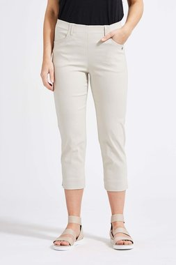 Laurie broek, model Caroline Regular Capri 3/4 basis viscose sand 28041-25137