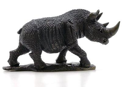 Stenen beeld neushoorn ruw 1 dier, 10 cm hoog, zwart