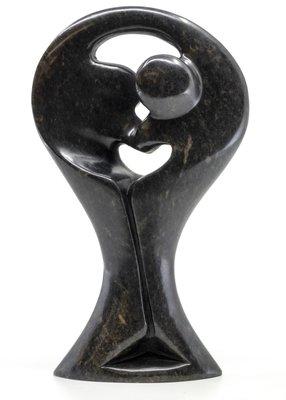 Stenen beeld standing lover familie twee personen 16 cm hoog, zwart