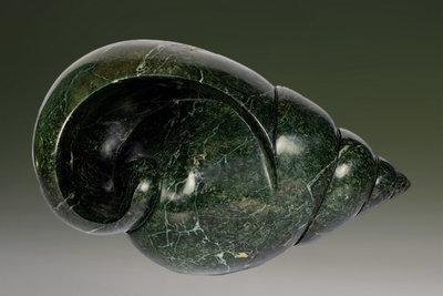 Stenen tuinbeeld uniek schelp, Hide in your shell, stenen dier groen 27 cm