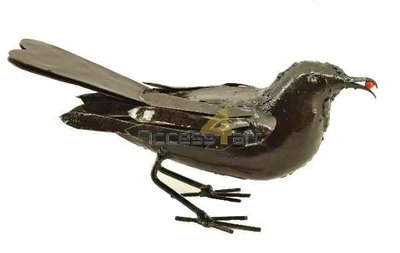 Metalen merel met bes, metalen vogel | Birdwoods