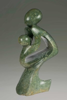 Stenen tuinbeeld uniek, Mother and child, moeder en kind abstract nr 43