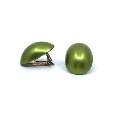 Otracosa oorbellen clip rond lichtgroen STCL 2,3 x 1,5 cm